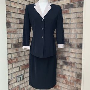 Black and ivory skirt suit 10P